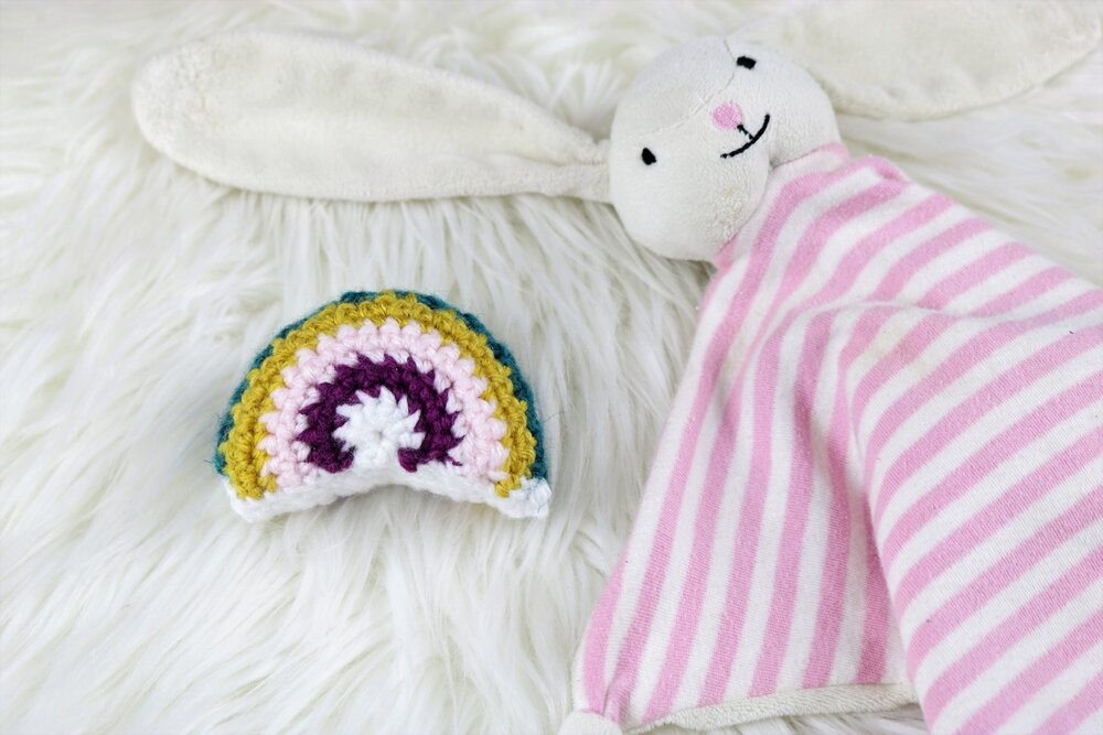 FREE PATTERN: How to Make the Boho Rainbow Rattle!