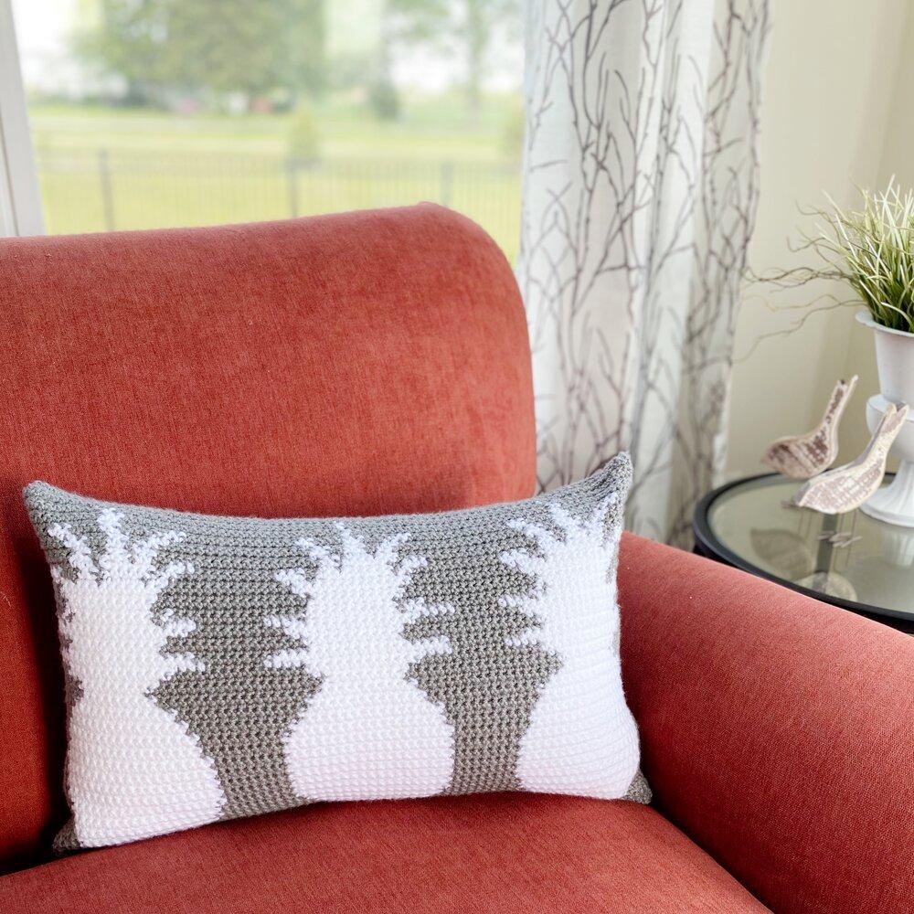 Free Crochet Pattern – Stay Sweet Pineapple Pillow